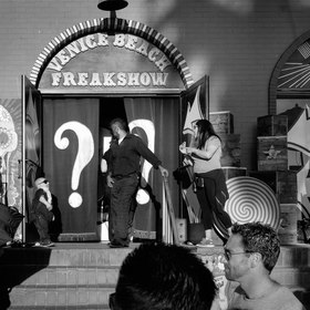 Editorial 8: American Freak Show